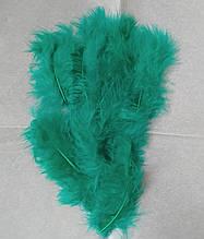 Перья декоративные зеленый (5-8 см) 100 шт