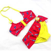 Яркий купальник для малышей раздельный с рюшами и  рисунком желтый с красным