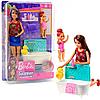 Лялька Барбі Barbie Ванна кімната турбота за малюками (FHY97)