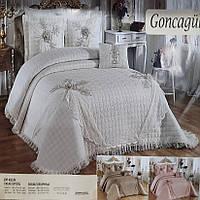 Королевское покрывало для спальни Goncagul Alceyiz с наволочками (260*270) кремовое