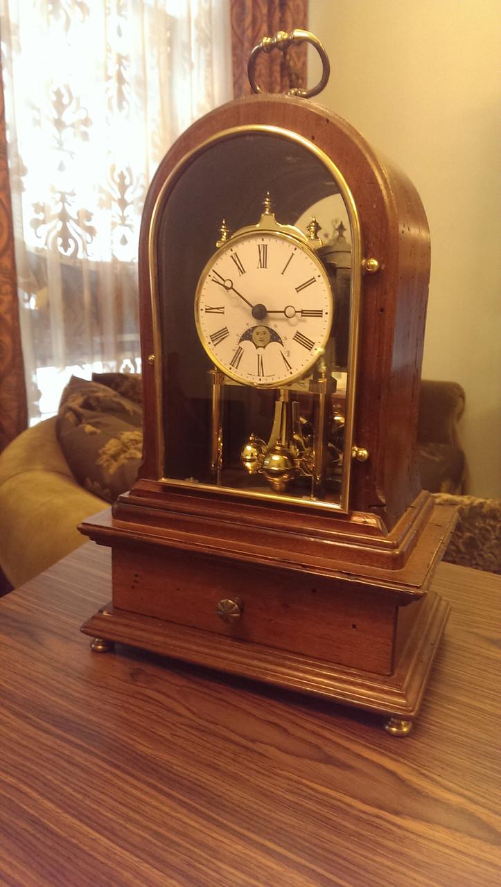 Часы Capanni