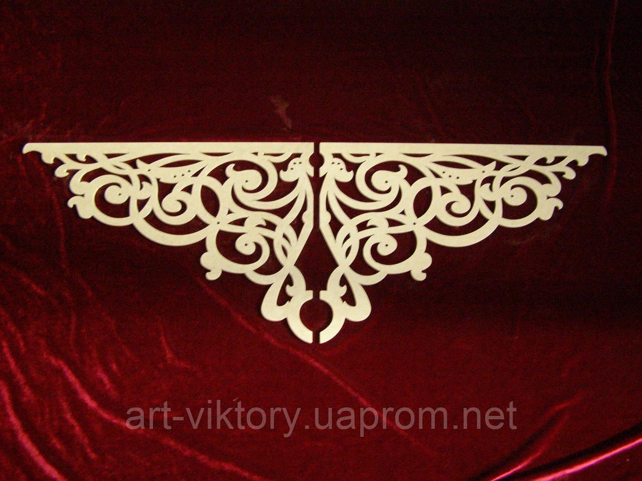 Декор резной  из 2 частей (106 х 35 см), декор