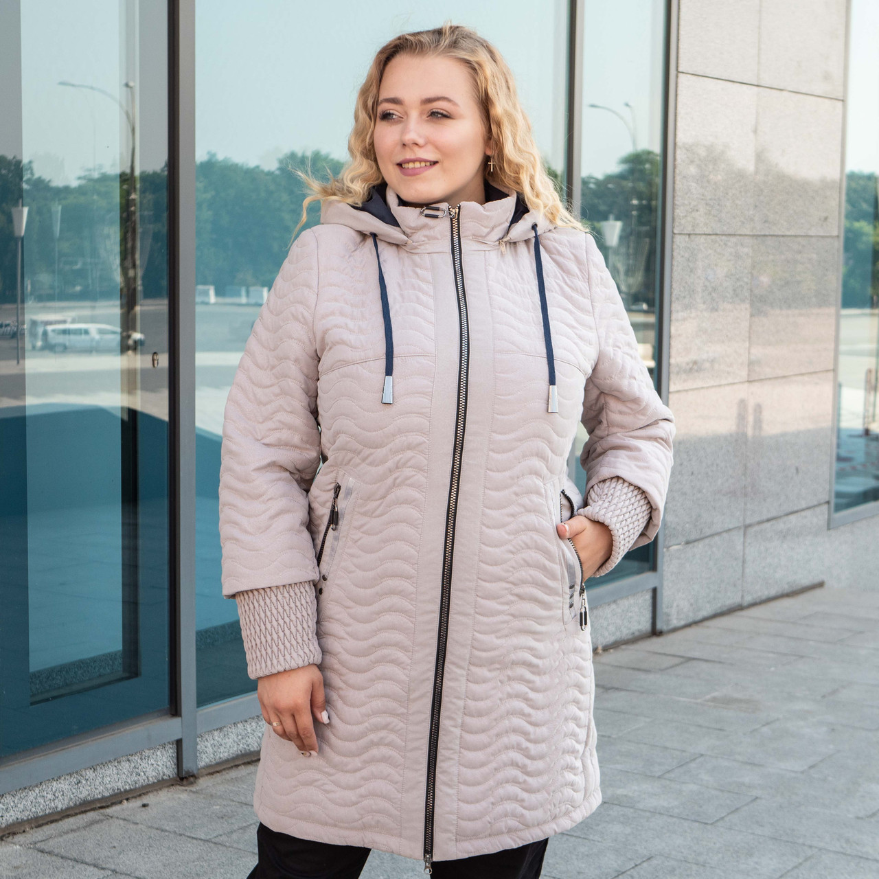 Куртки батал жіночі весна-осінь великі розміри 50-60 бежевий