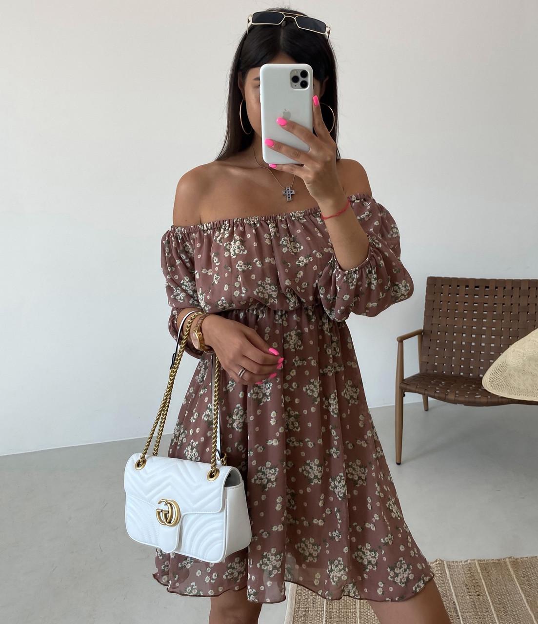 Нежное шифоновое платье в цветочек свободного кроя