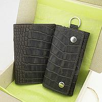 Подарунковий набір №18: Обкладинка на паспорт Lika + ключниця Lika (коричневий крокодил), фото 1