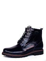 Женские ботинки на рифленой подошве из темно-синей лаковой кожи