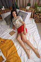 Яркая пижама с футболкой в принт Milk и красными шортами для девушки/подруги/сестры на подарок S
