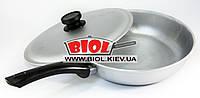 Сковорода алюминиевая 26 см ровное дно, пластиковая ручка, крышка БИОЛ А263