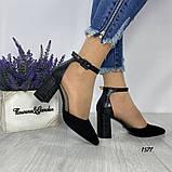 Женские туфли черные на невысоком устойчивом каблуке с ремешком на щиколотке, фото 3
