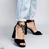 Женские босоножки на каблуке 10 см с ремешком с украшением черные, фото 3