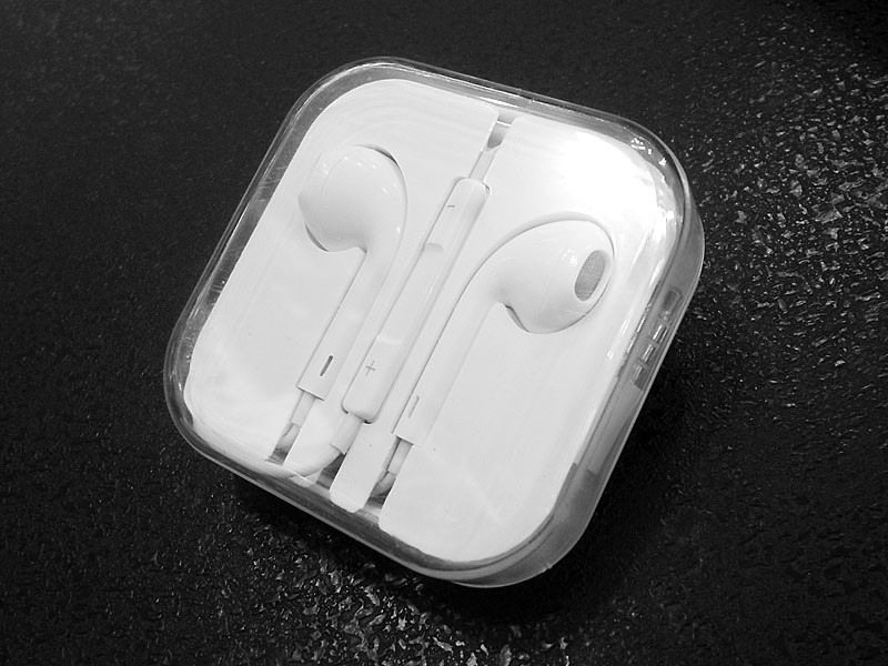 Наушники вакуумные iPhone ART-015 500шт 9740