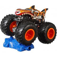 Базова машина-позашляховик 1:64 серії «Monster Trucks» Hot Wheels (в ас.)