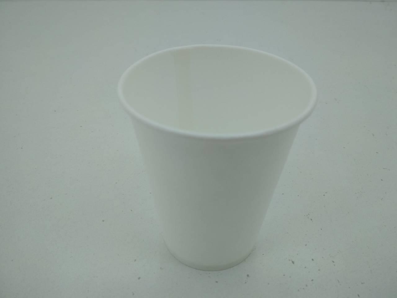 Стакан для напоїв 175мл білий Юніта (50 шт)