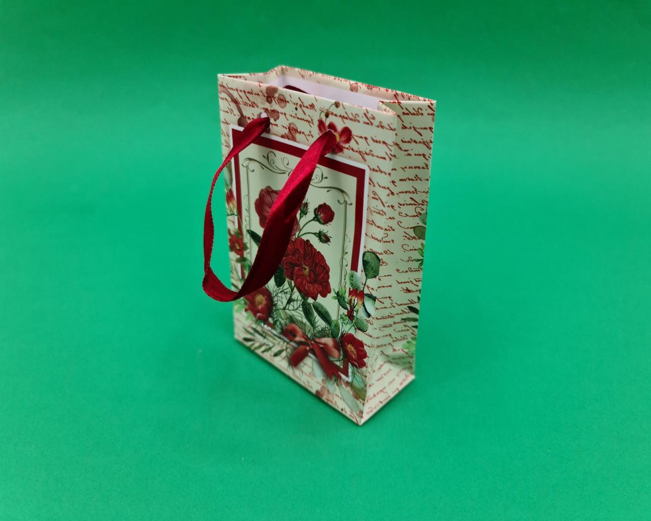 Пакет бумажный подарочный  МИНИ 8*12*3.5 арт55 (12 шт)