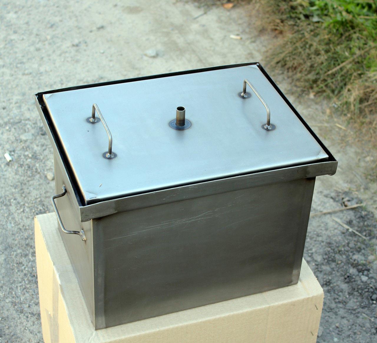 Коптильня горячего копчения с гидрозатвором (400х300х280) сталь