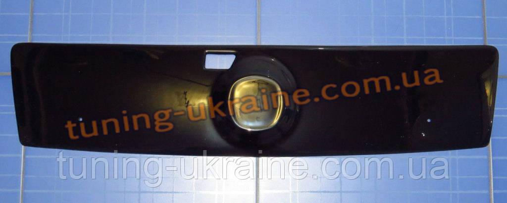 Зимняя заглушка на решетку радиатора на Fiat Doblo 2005+ верх глянец