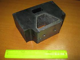 Подушка опоры двигателя МАЗ боковая (арт. 500-1001035)