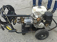 Автономный аппарат высокого давления Karcher с бензиновым двигателем (демо)