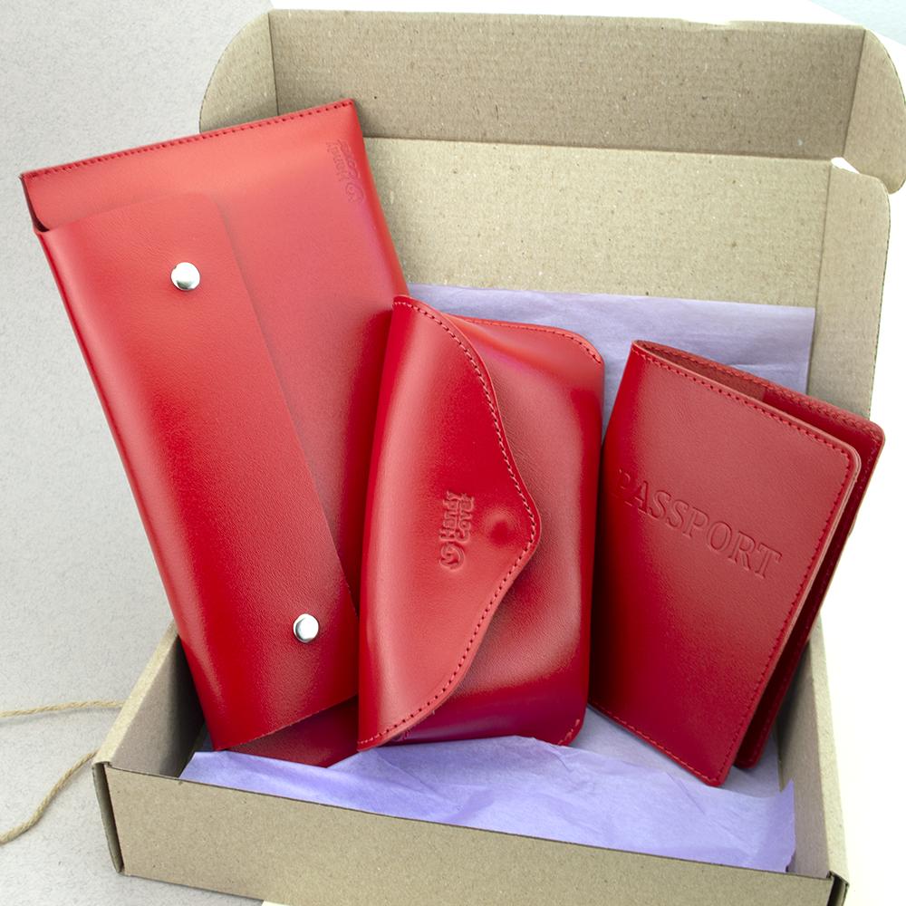 Подарунковий жіночий набір HandyCover №55: Тревел конверт + футляр для окулярів + обкладинка на паспорт (червоний)