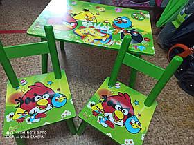 Деревянный детский стол с двумя стульями.Стол и два стула детские. Цвет- зелёный.