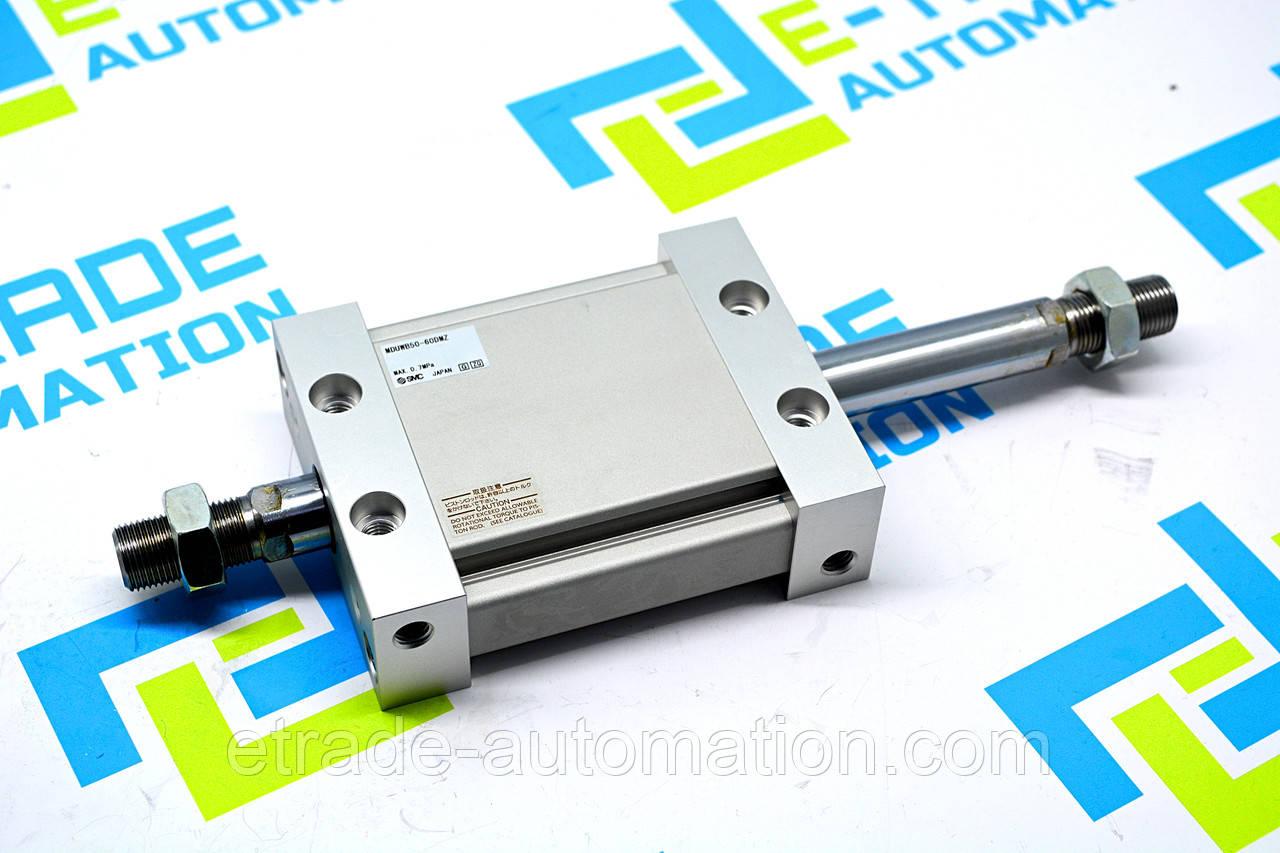 Плоский циліндр SMC MDUWB50-60DMZ