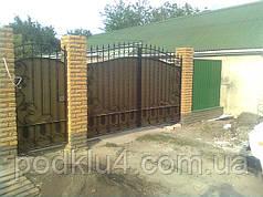 Ворота въездные с коваными элементами в порошковой покраске