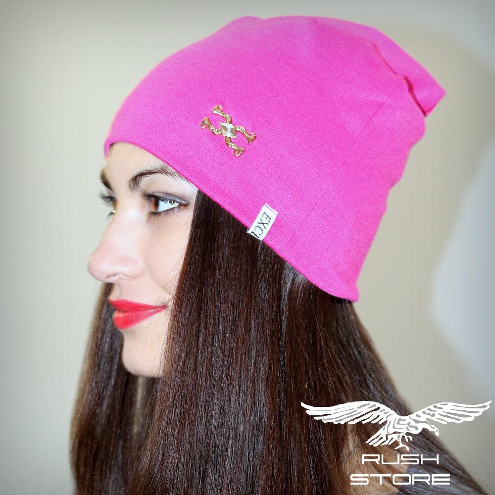 Женская шапка розовая с украшением