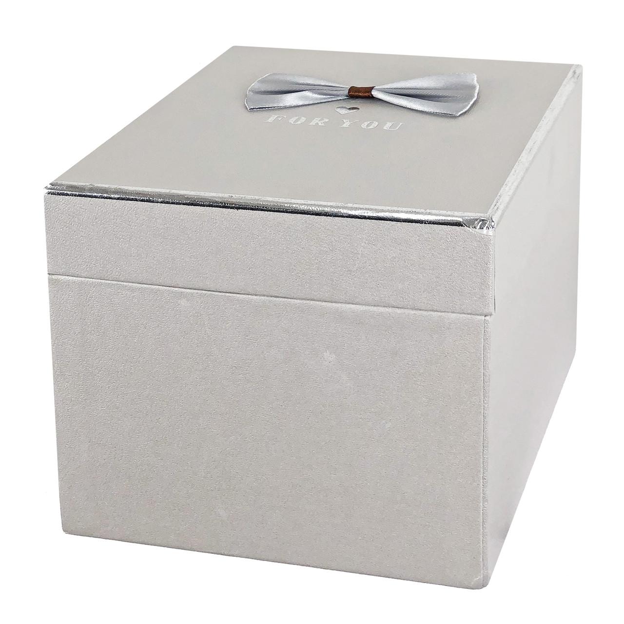Коробка #12 квадратная (15*15*15 см)