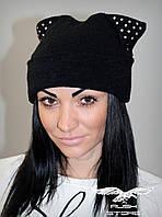 Женская шапка из ангоры со стразами
