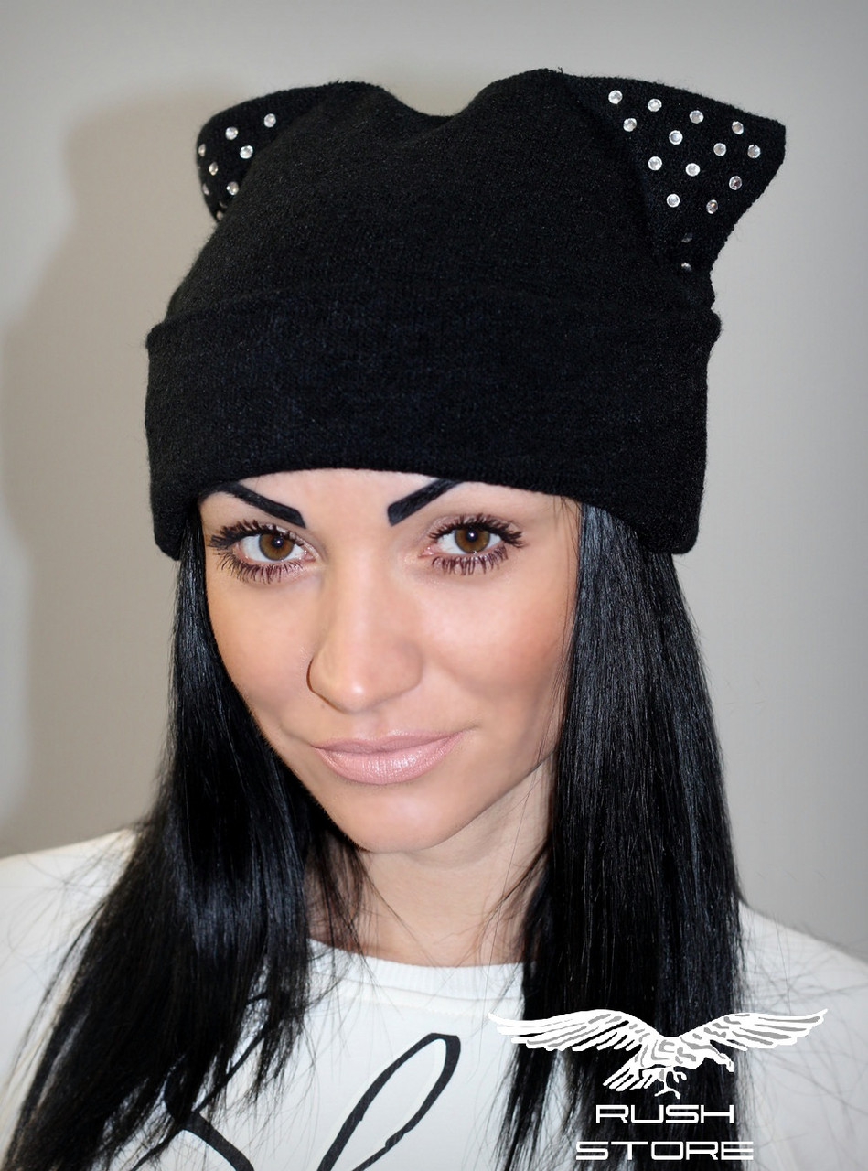 6b5d28fe7b8e Женская шапка из ангоры со стразами