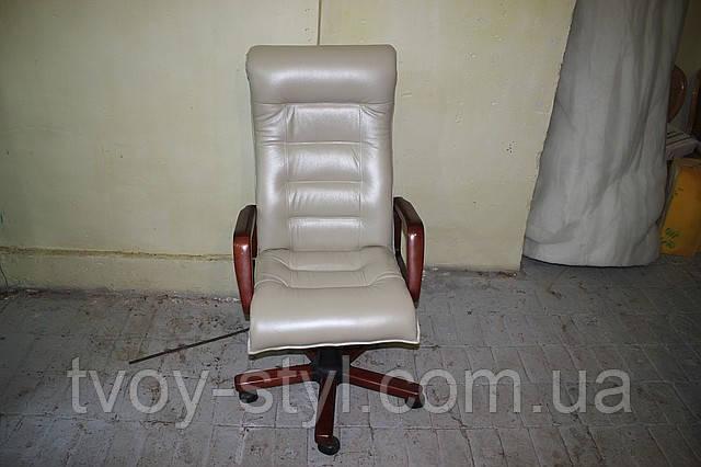 Перетяжка кожей офисной мебели (1)