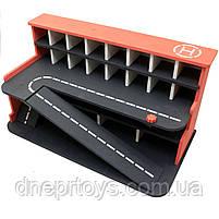 Деревянная игрушечная парковка-гараж для машин, красная, 65х35х35 см, на 28 машинок, фото 3