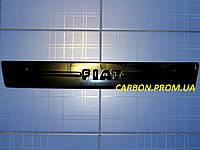Зимняя заглушка решётки радиатора Фиат Добло середина с 2005 глянец Fly. Утеплитель решётки Fiat Doblo