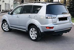 Брызговики для Mitsubishi Outlander XL/Митсубиси Аутландер 2007-2012 Широкий порог с хром полоской 4 шт