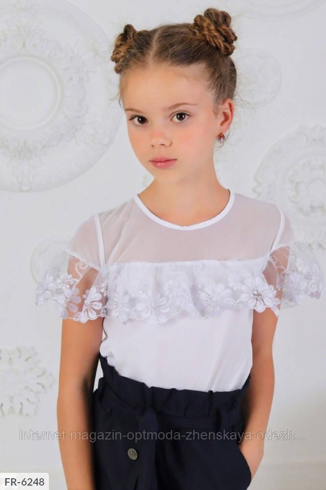 Легкая кружевная очень красивая белая блузка с цветочками на девочку. Школьная детская форма для девочек
