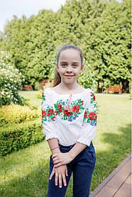 Ошатна дитяча вишиванка для дівчинки з червоними маками