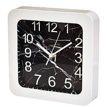 """Часы """"Чёрно-белый квадрат"""" (23см)"""