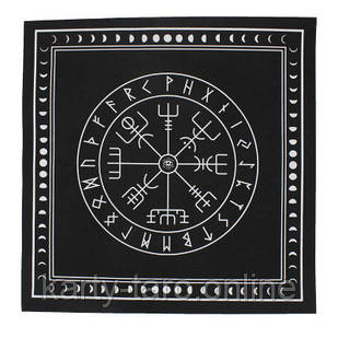 Скатерть черная Таро 50x50 СМ. Нетканый материал для гаданий на рунах с магическим рисунком
