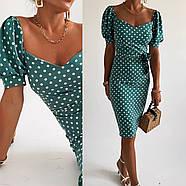 Лаконичное платье длиною до колен в мелкий горох, короткий рукав, фото 3