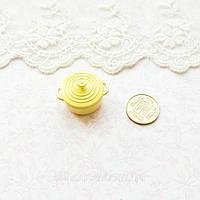 1:12 Миниатюра Кастрюлька Керамическая 2.5 см ЖЕЛТАЯ, фото 1