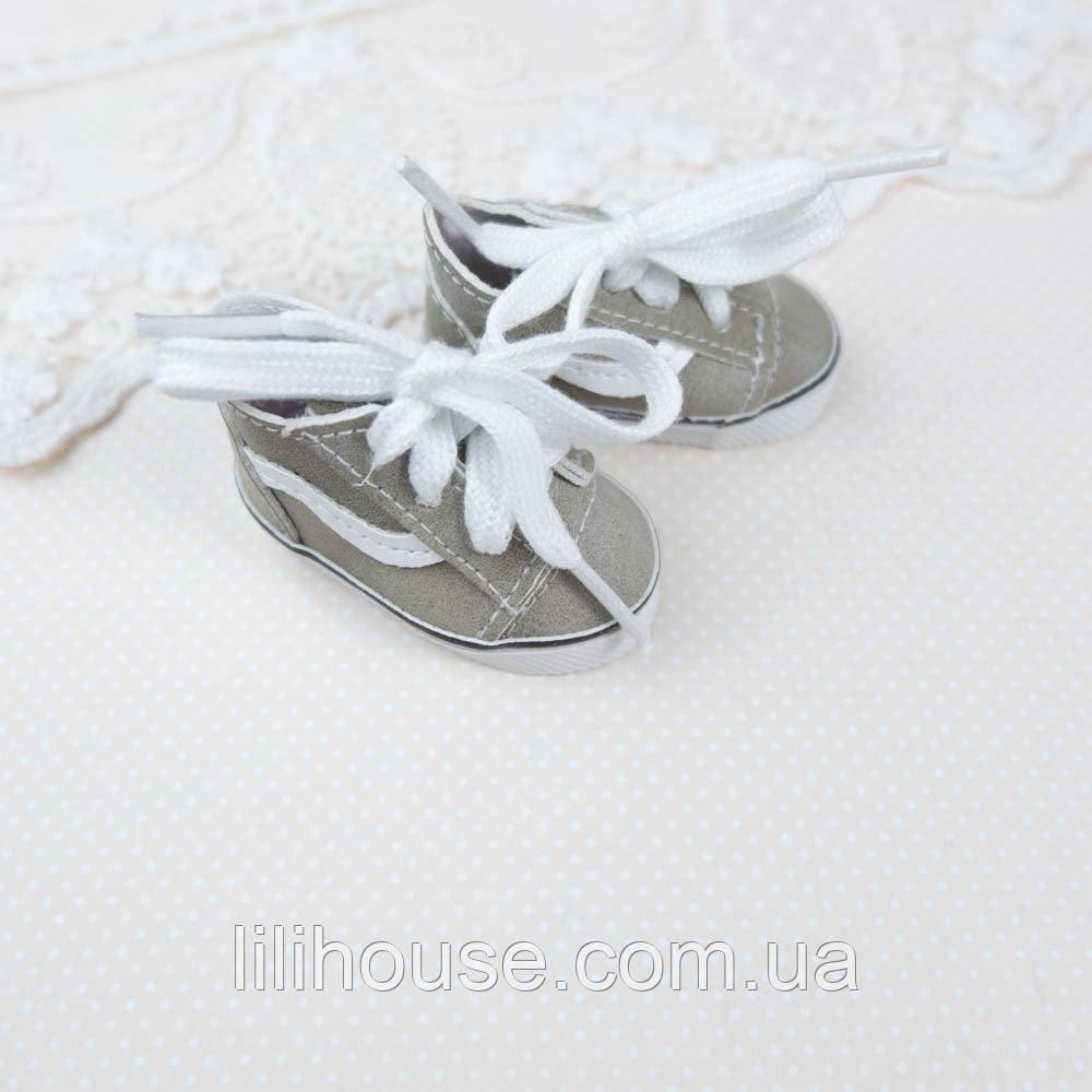 Обувь для кукол Кроссовки 5.5*2.5 см ХАКИ с белой вставкой