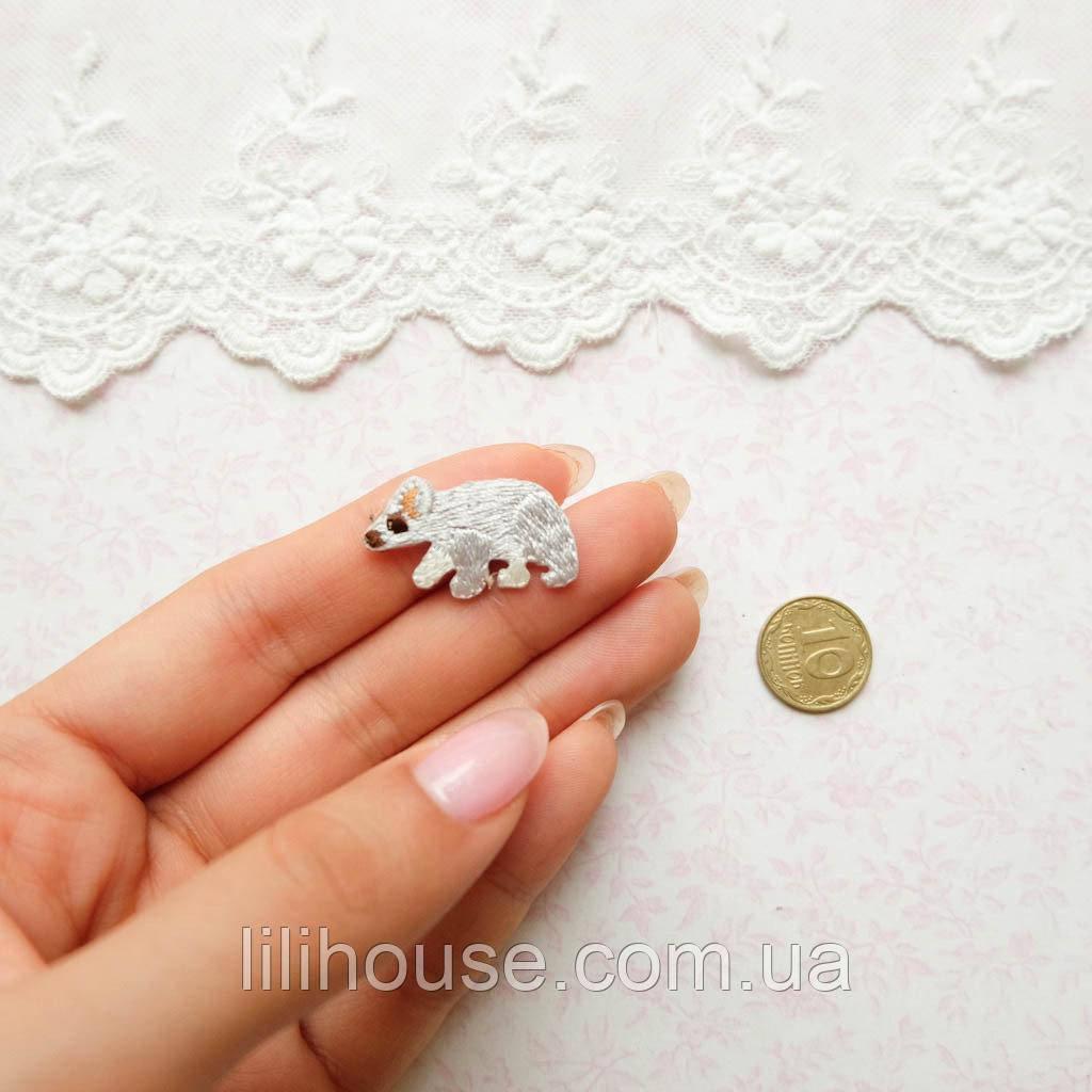 Термонашивка Аплікація для Одягу та Декору Білий Ведмедик 2.5 см