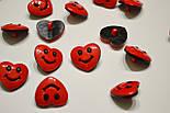 """Пуговицы детские """"сердечки красные с улыбкой"""" П-003, фото 3"""