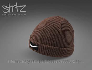 Шапка Nike коричневого кольору (люкс копія)