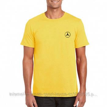Мужская хлопковая футболка Мерседес (Mercedes) с брендовым логотипом, реплика желтая