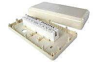 Коробка настенная с 1 плинтом в комплекте, пластиковая, без замка (аналог 6562 1 001-00)
