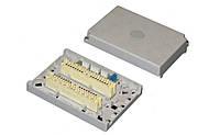 Коробка настенная с 2 плинтами в комплекте (на 20 пар), пластиковая, без замка, IP30 (аналог 6429 1 076-00)