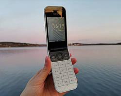 Обзор Nokia 2720 Flip