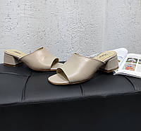 Кожаные сабо на каблуке бежевого цвета, фото 1