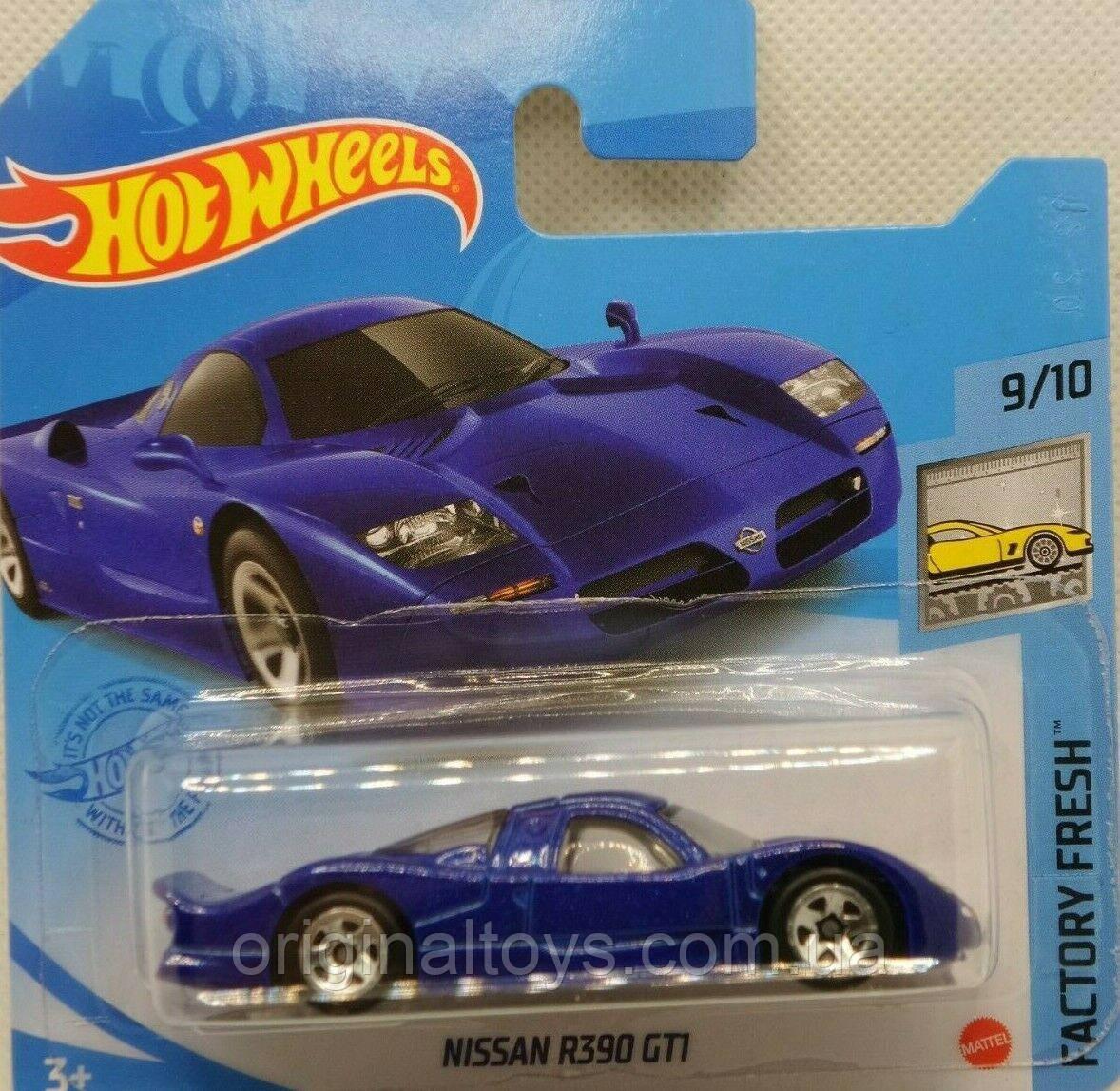 Базова машинка Hot Wheels Nissan R390